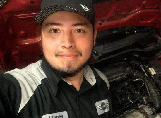 Manny_Pineda_700x512-1